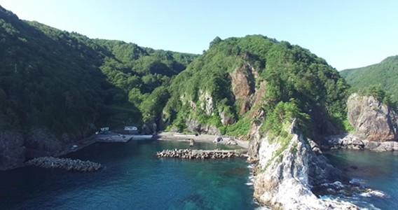 ネダリ浜と弁天漁港